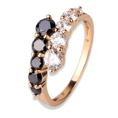18K Gold White & Black Ring With Cubic Zironia Crystals