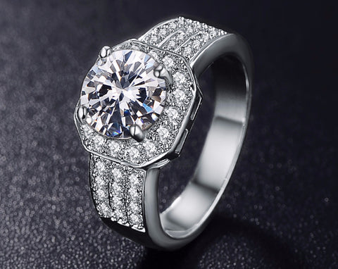 18K Gold Or Platinum Plated Cubic Zirconia Ring
