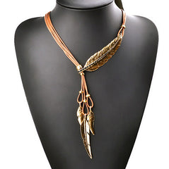 Bohemian Style Rope Chain Feather Pattern Pendant Necklace