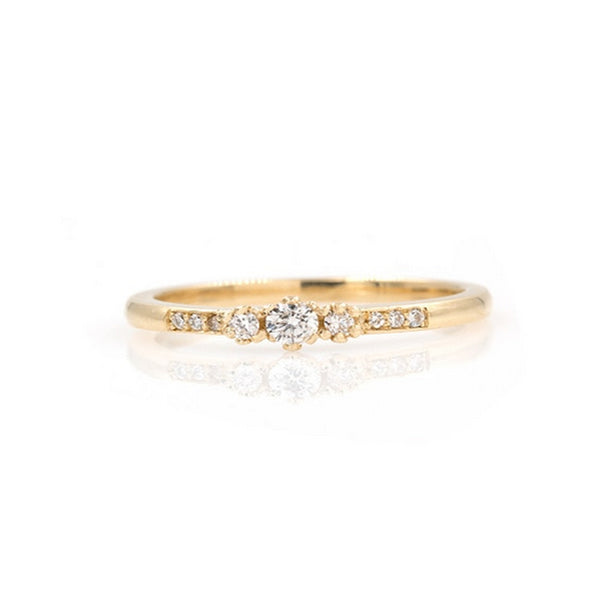 Sparkly Triple Diamond Ring