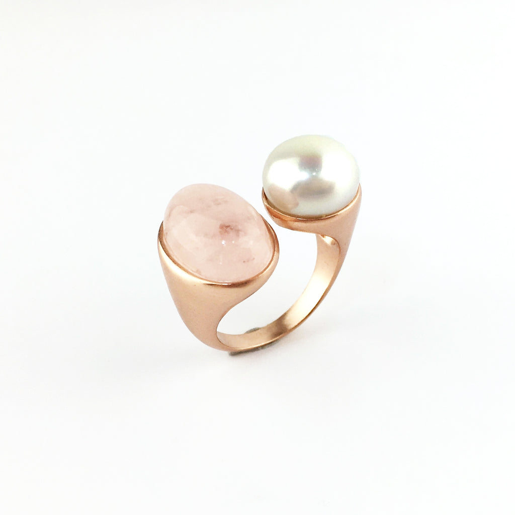 Vintage Imperial 18K rose gold silver ring set in lustrous pearl and morganite gem