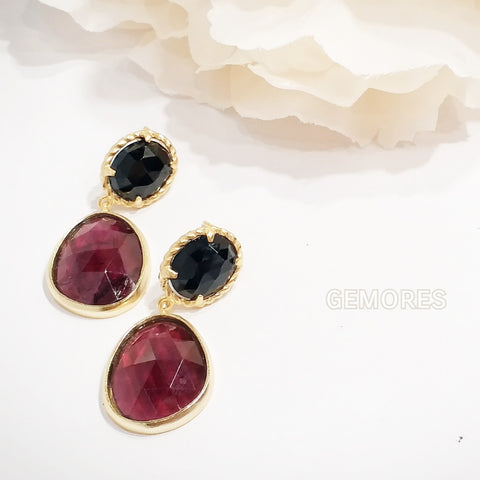 Astrid gold earrings in burgundy garnet with black spinel