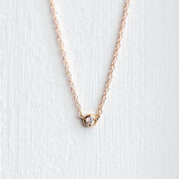 Centering Diamond Necklace