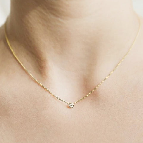 18K Gold Centering Diamond Necklace