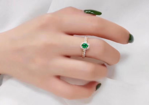 Vintage Imperial royal emerald ring