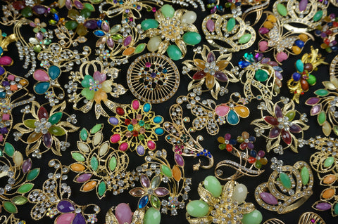 5-10 Gold Tone LARGE Rhinestone Multi Color Brooches (Lot #250) - Fancy Brooches