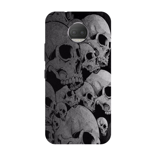 Hamee - Skulls & Bones - Designer Printed Hard Back Case Cover for Moto G5s Plus