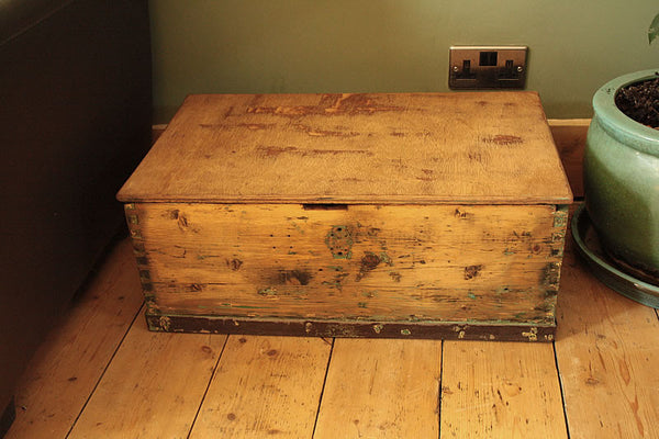 1939 Vintage Chest/Trunk Coffee Table - Arte Povera - 2