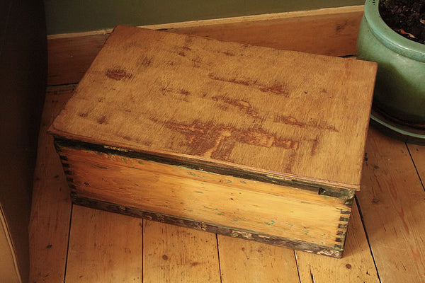 1939 Vintage Chest/Trunk Coffee Table - Arte Povera - 6