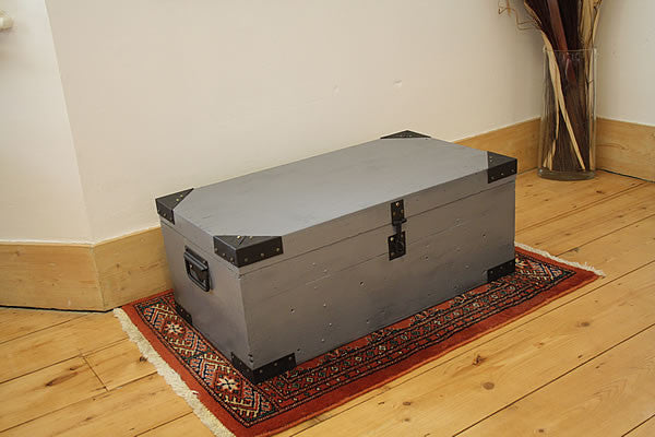 Trunk arrived this morning. It's perfect . Thank you Debbie. - Arte Povera