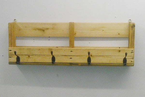 Coat Hanger With Shelf From Reclaimed Pallet - Arte Povera - 1