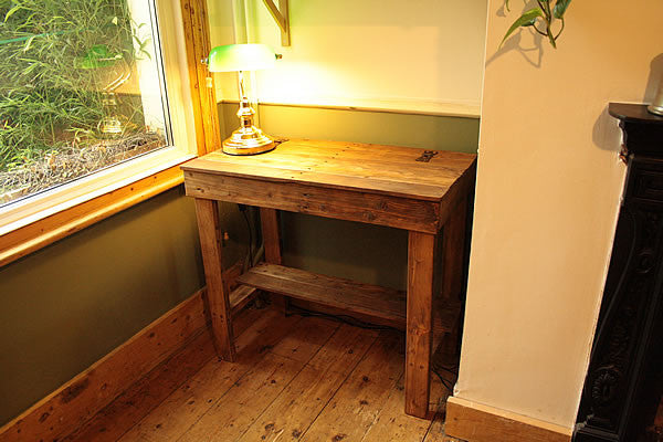Computer Desk With Lid And Shelf Made With Pallets