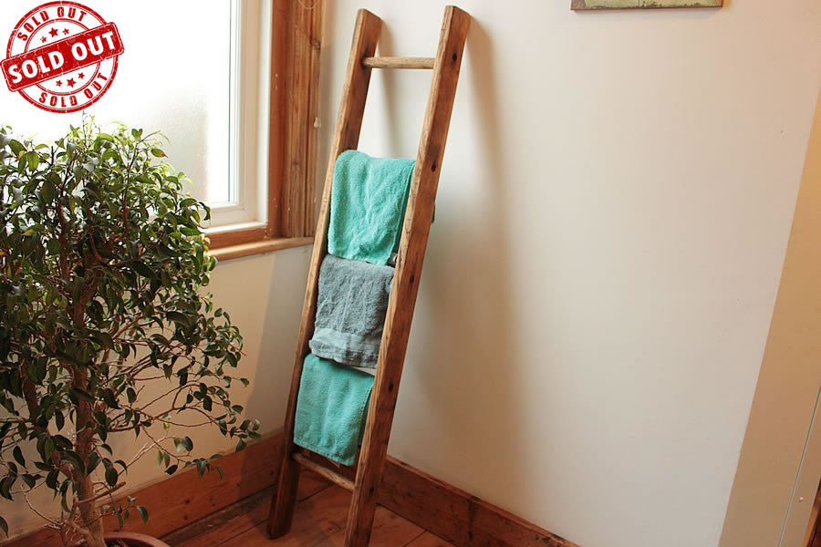 Vintage Wooden Ladder Towel Rack Picture Frames Display