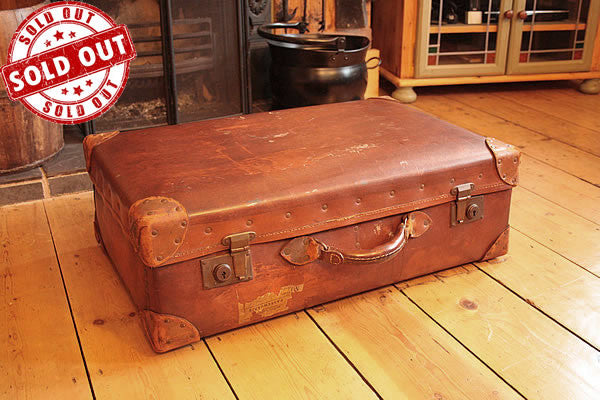 Vintage Leather Suitcase Trunk Reclaimed - Arte Povera - 1