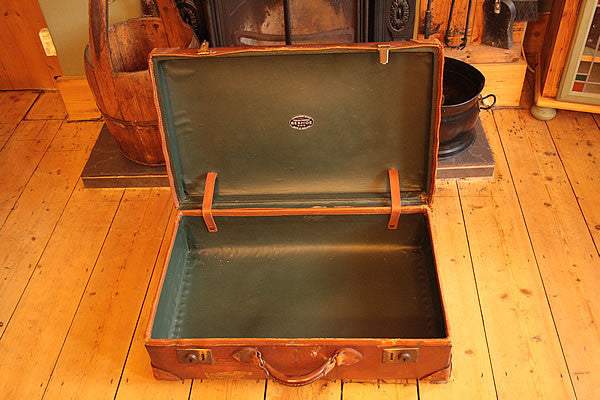Vintage Leather Suitcase Trunk Reclaimed - Arte Povera - 3