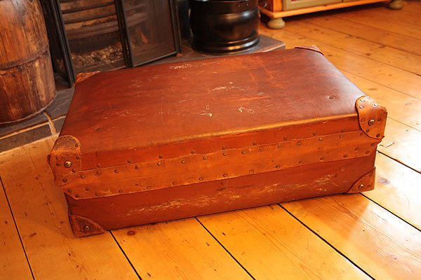 Vintage Leather Suitcase Trunk Reclaimed - Arte Povera - 4