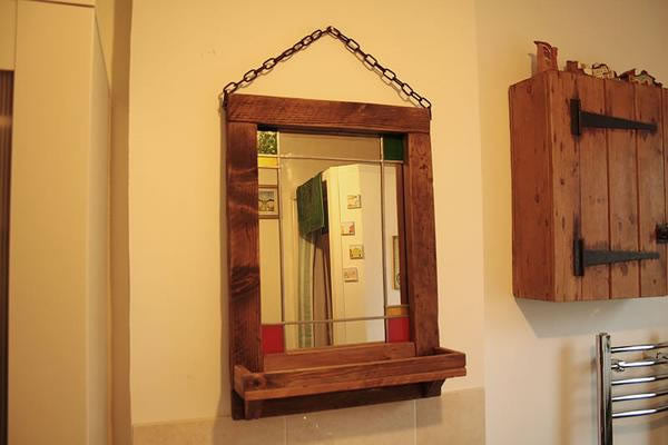 Vintage Stained Mirror With Pallet Frame And Shelf - Arte Povera - 4