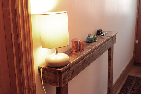 Narrow Table Hallway Console Made With Pallet Wood