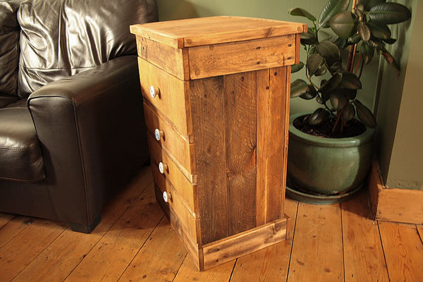 Rustic Chest Of Drawers Handmade With Pallet Wood And Vintage Butcher Chopping Board - Arte Povera - 4