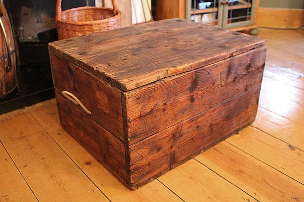 Vintage Trunk/Chest Coffee Table Restored - Arte Povera - 5