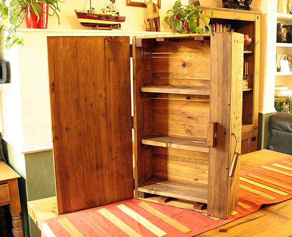 Wall Cabinet Made With Vintage Fruit Crate And Pallet Wood - Arte Povera - 2