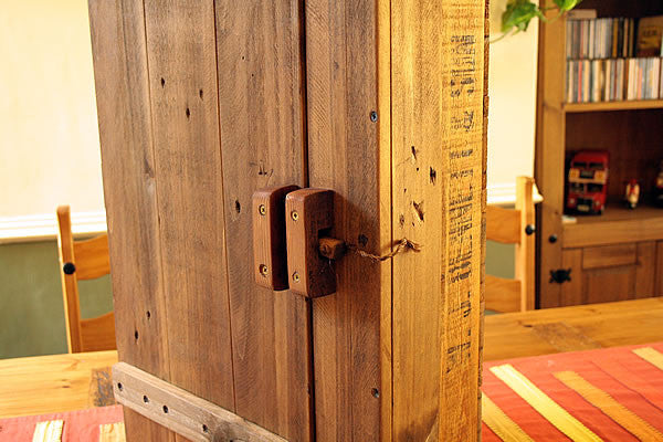 Wall Cabinet Made With Vintage Fruit Crate And Pallet Wood - Arte Povera - 5