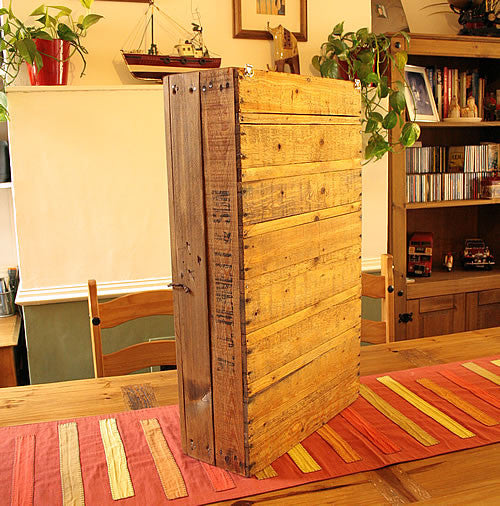 Wall Cabinet Made With Vintage Fruit Crate And Pallet Wood - Arte Povera - 4