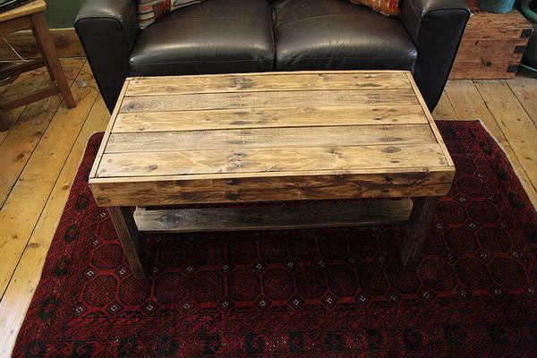 Wooden Coffee Table Made With Pallet Wood - Arte Povera - 3