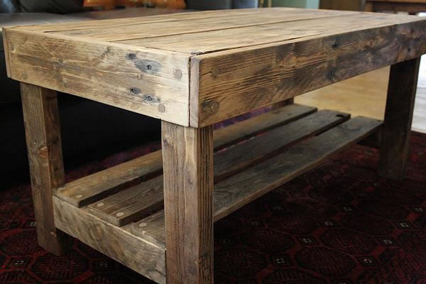 Wooden Coffee Table Made With Pallet Wood - Arte Povera - 4