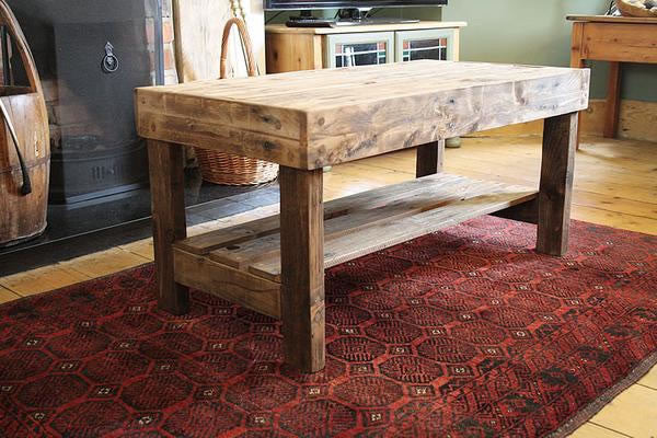 Wooden Coffee Table Made With Pallet Wood - Arte Povera - 5