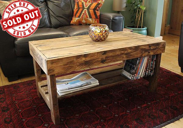 Wooden Coffee Table Made With Pallet Wood - Arte Povera - 1