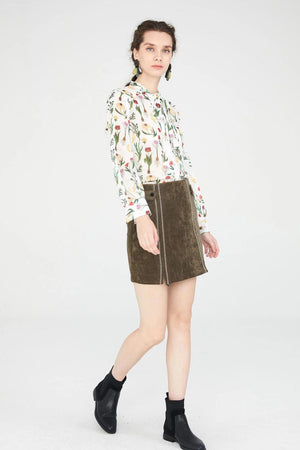Load image into Gallery viewer, White Floral Pattern Chiffon Blouse