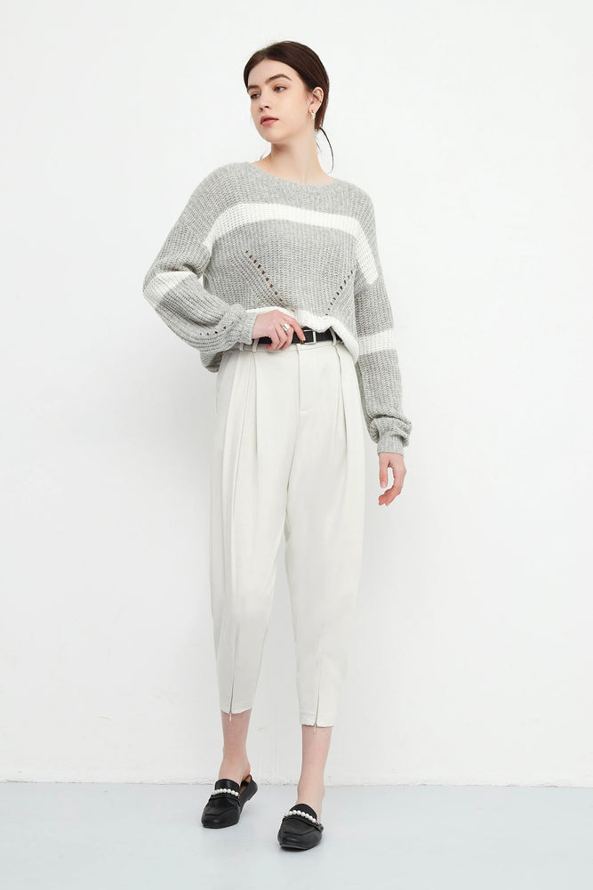 Pleated Front Slit Tapered Trousers