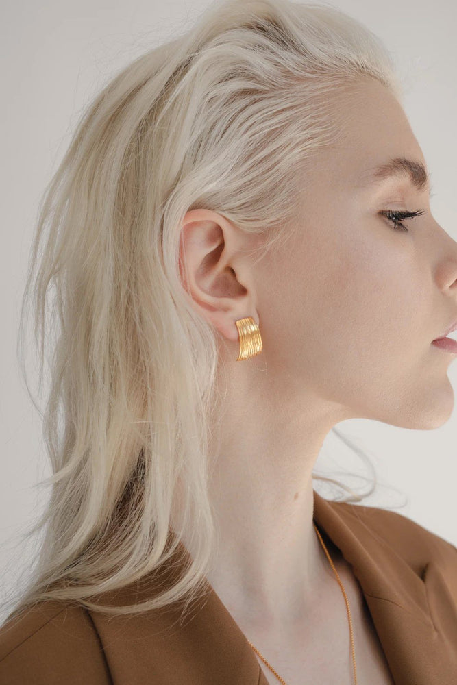 ACCESSORIES - Curve Earrings - Gold