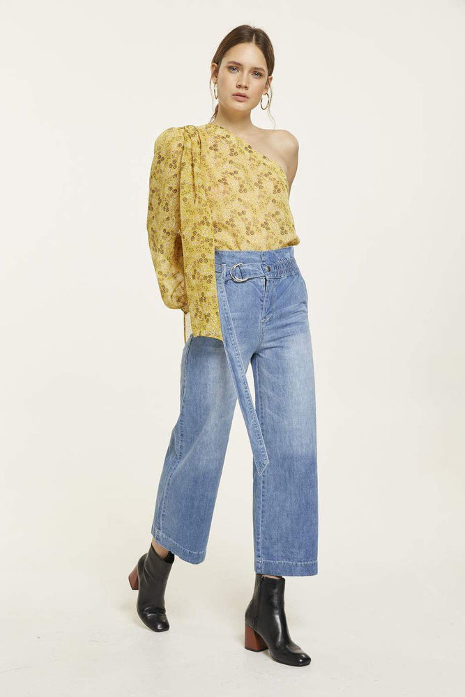 Load image into Gallery viewer, Lobelia Cold-Shoulder Blouse