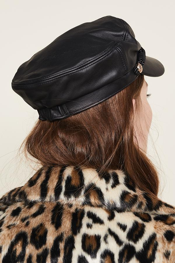 Load image into Gallery viewer, Leather Emmy cap