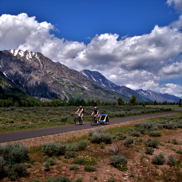 TOP 10 PLACES TO VISIT IN WYOMING BY BIKE