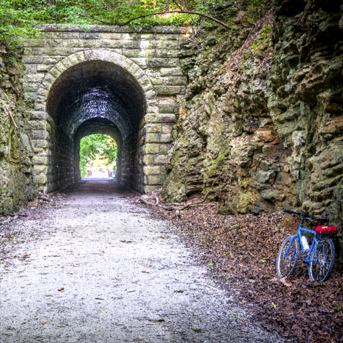 TOP 10 PLACES TO VISIT IN MISSOURI BY BIKE