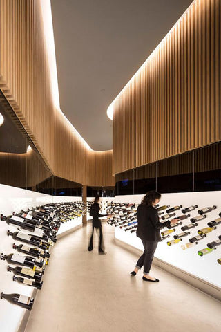 Mistral wine loop store layout | Shopify Retail blog