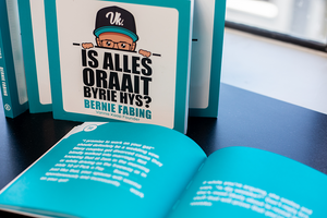 Is Alles Oraait Byrie Hys? (Meme Book)