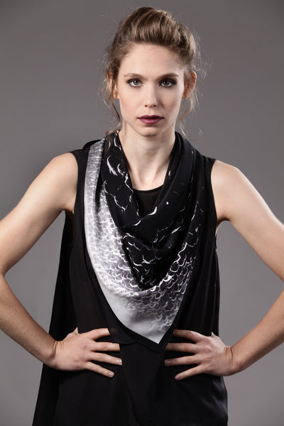 The-Black-Rally-silk-carre-square-scarf-white-90x90-packshot-2