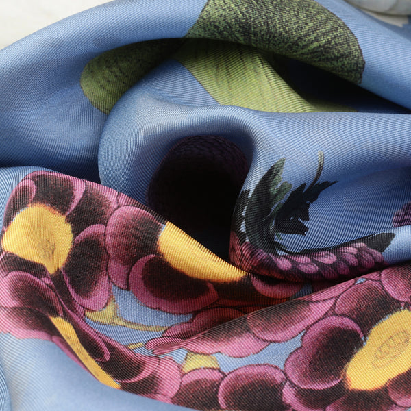 The-Blue-Camelia-Silk-Scarf - square-carre-90x90-closeup2