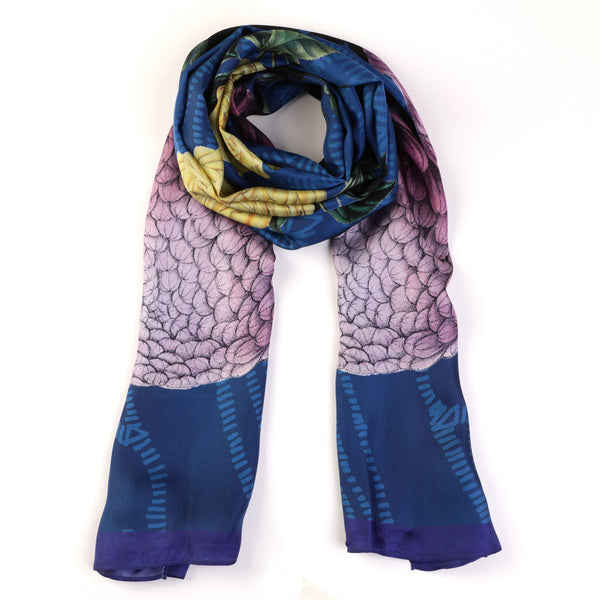 The-Blue-Dhalia-Silk-Scarf-flower-rectangular-65X200 cm-packshot