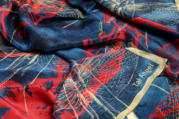 The-Deep-Blue-Dragonfly-Scarf-silk-carre-square-red-yellow-90x90-closeup-view