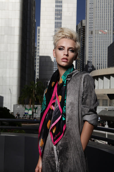 The Great Green Fish Scarf silk carré square pink yellow black white 90x90 2016 urban campaign