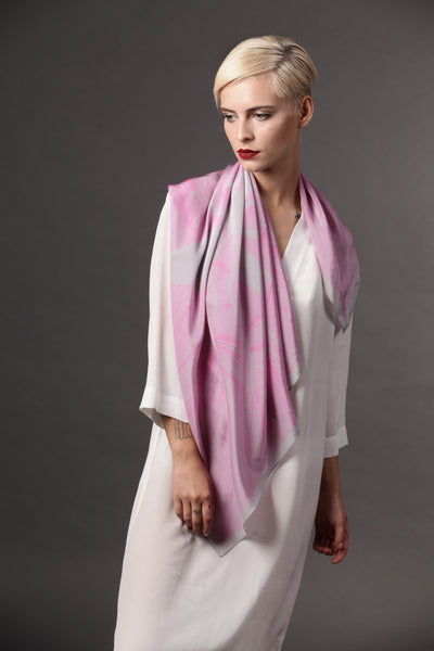 The-Pink-Insect-Scarf-silk-carre-square-grey-90x90-packshot