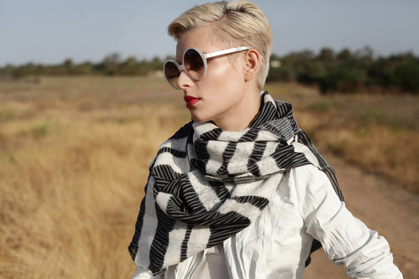 The-Striped-Felted-Shawl-silk-marino-wool-scarf-white-black-grey-2016-campaign-1