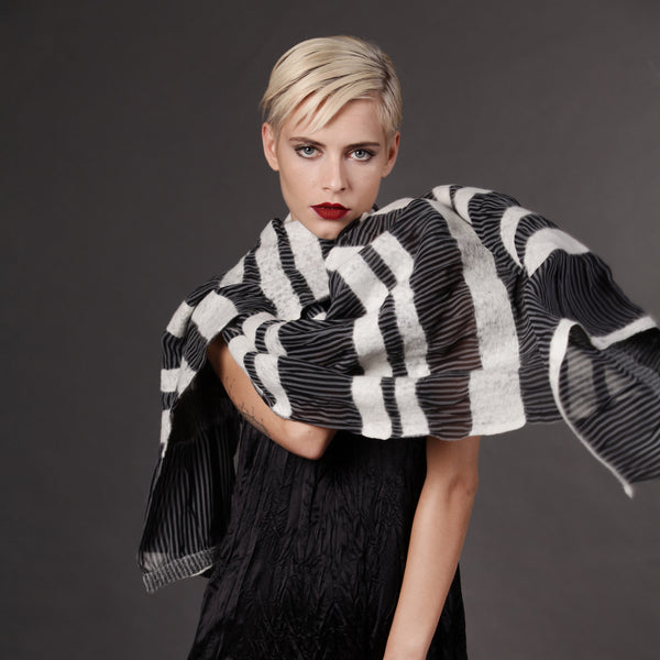 The-Striped-Felted-Shawl-silk-marino-wool-scarf-white-black-grey-2016-studio-packshot-2