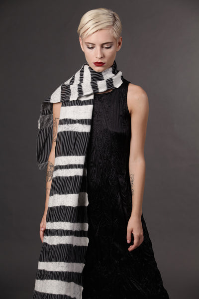 The-Striped-Felted-Shawl-silk-marino-wool-scarf-white-black-grey-2016-studio-packshot