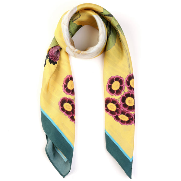 The-Yellow-Camelia-Silk-Scarf - square-carre-90x90-packshot